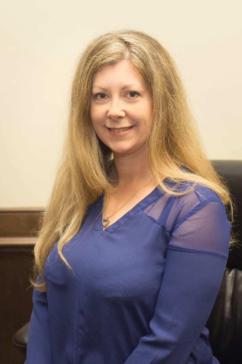 Traci Cougle, Paralegal, Legal Assistant, Notary Public